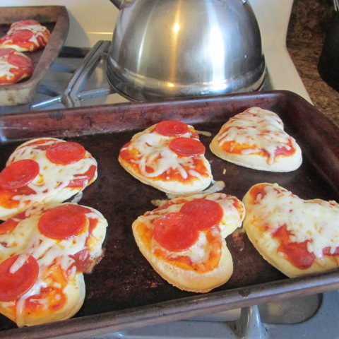 How to Make Heart Shaped Pizzas