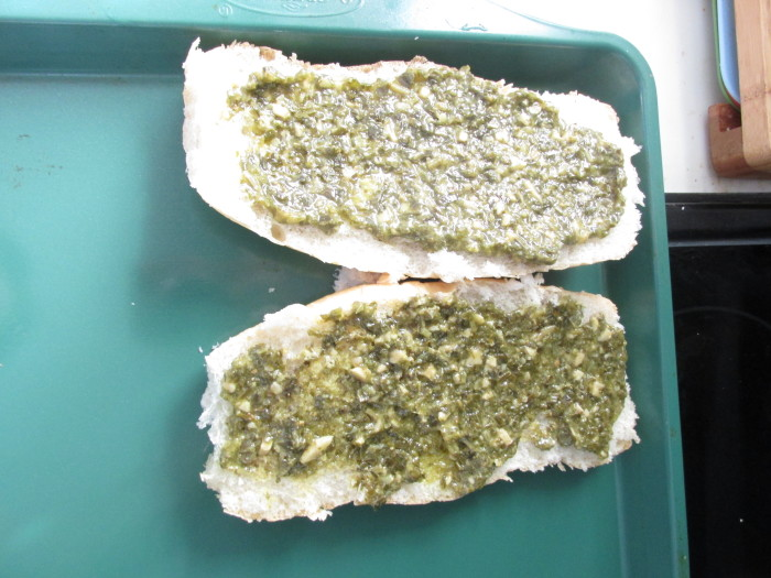 slice your bread and slather on your pesto #15minutesuppers
