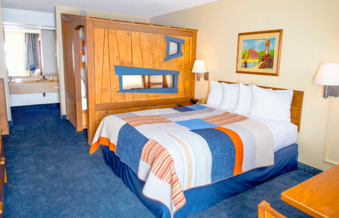 Grand Country Inn Deluxe Room