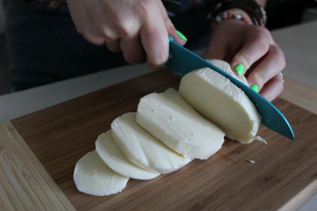 Slice up the mozzarella