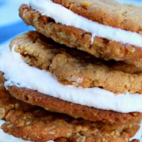 Oatmeal Cream Pies for Two