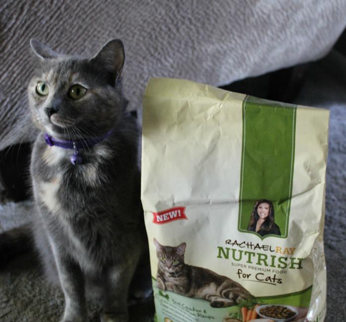 Mittens Nutrish 1