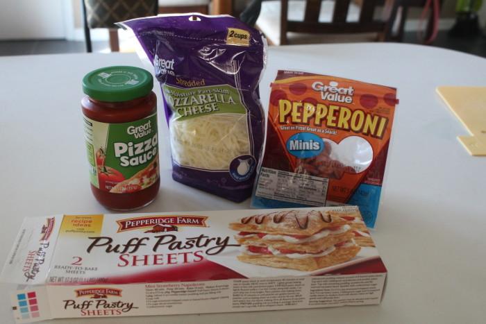 ingredients pizza puffs
