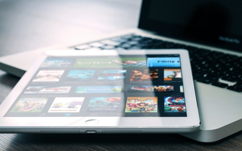 Enjoy Your Downtime with These Entertainment Sites