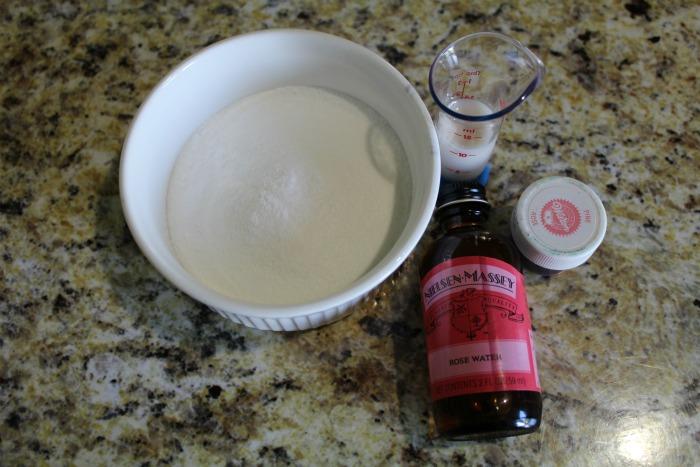Rose Water Mug Cake 2 Icing Ingredients