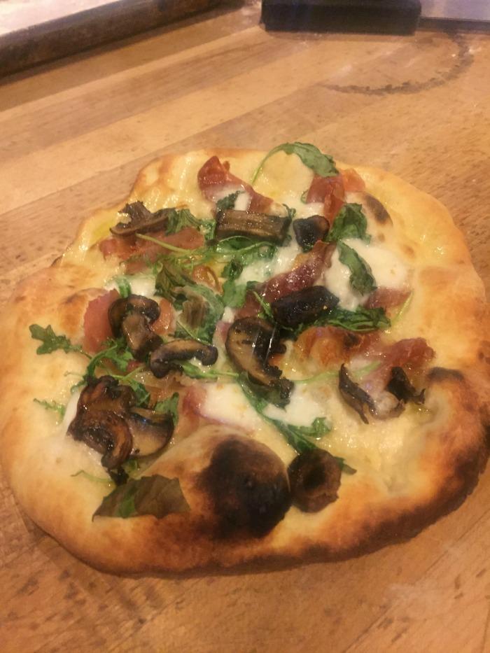 enrico-biscotti-homemade-pizza