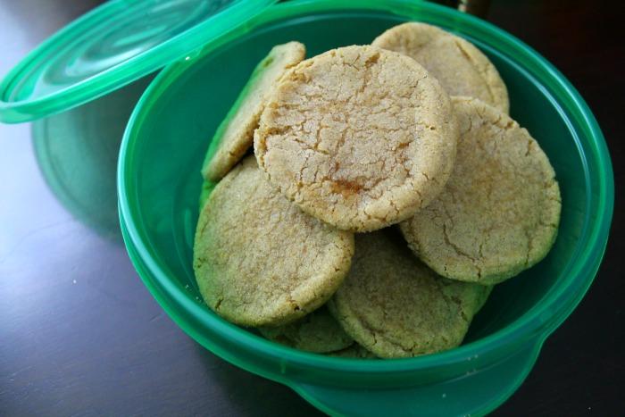 brown-sugar-cookies-rubbermaid