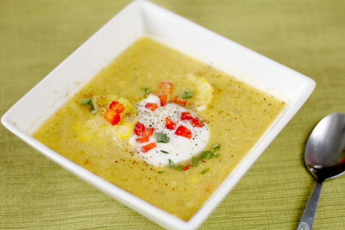 sweet corn chowder featured