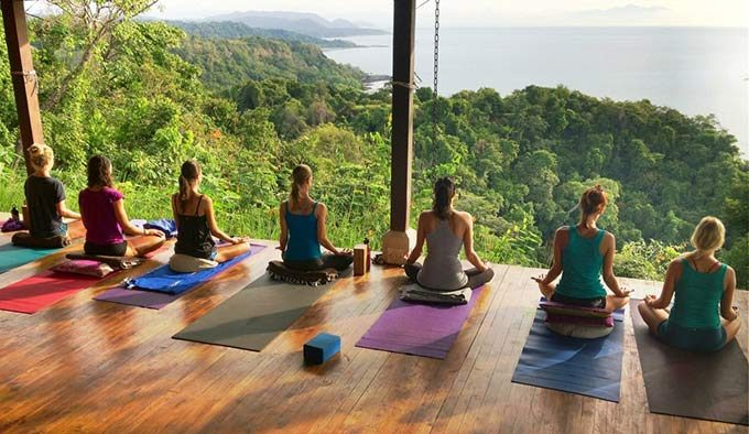 3 Benefits to Attending a Yoga Retreat