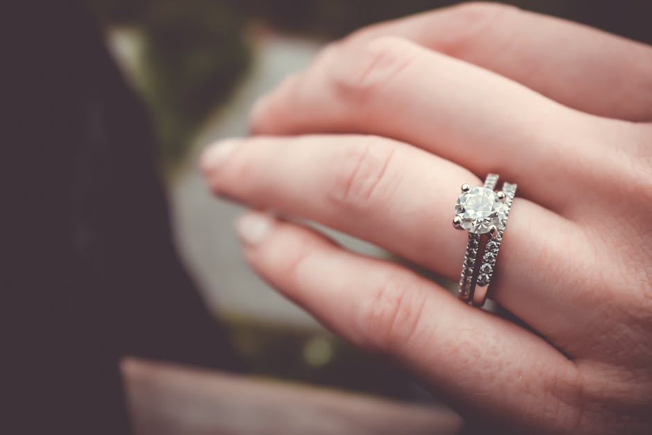 Five Things to Know Before Buying an Engagement Ring