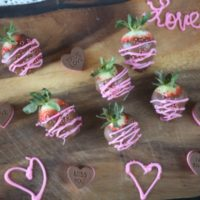 Chocolate Covered Strawberries for Valentine's Day