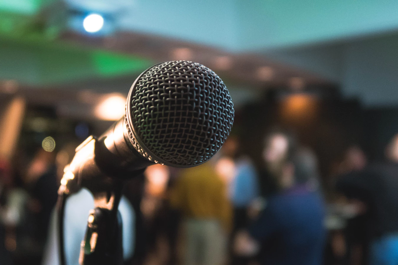 4 Steps to Becoming a Better Public Speaker