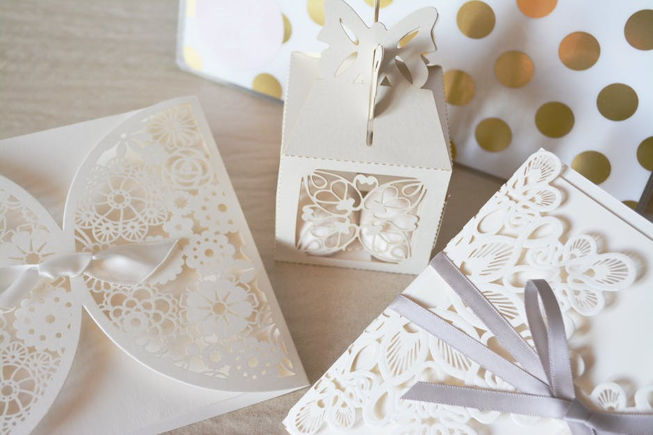 Engaging Engagements – 6 ways to Bring a Dash of Personality to Your Wedding Invitations