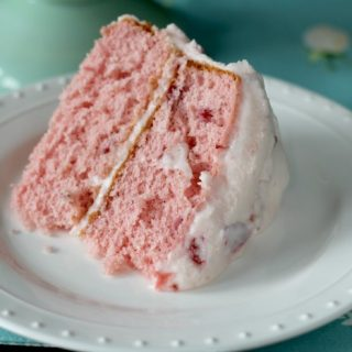 Easy Strawberry Butter Cream Cake