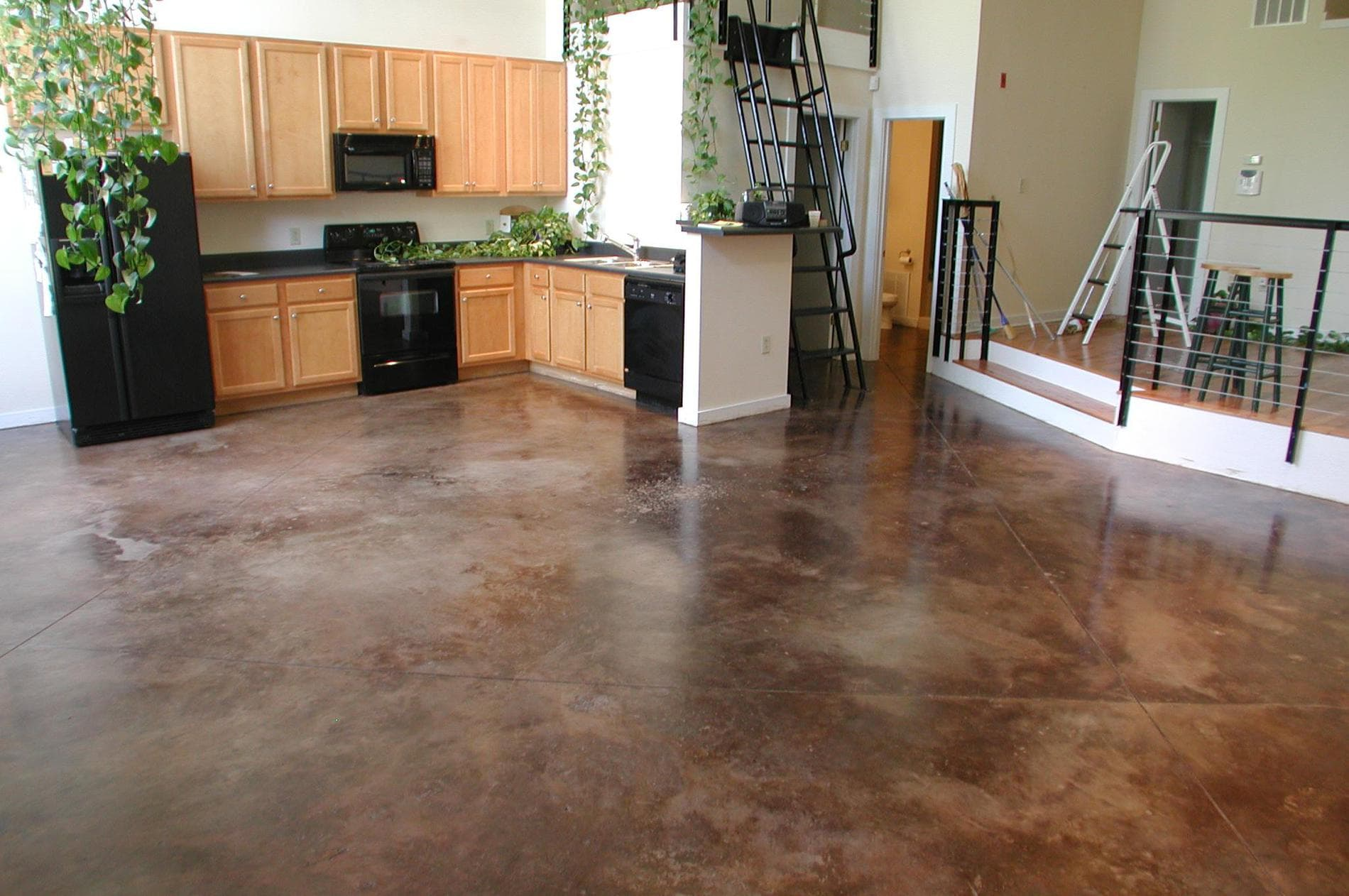 How to prepare correctly for the successful installation of concrete floor covering