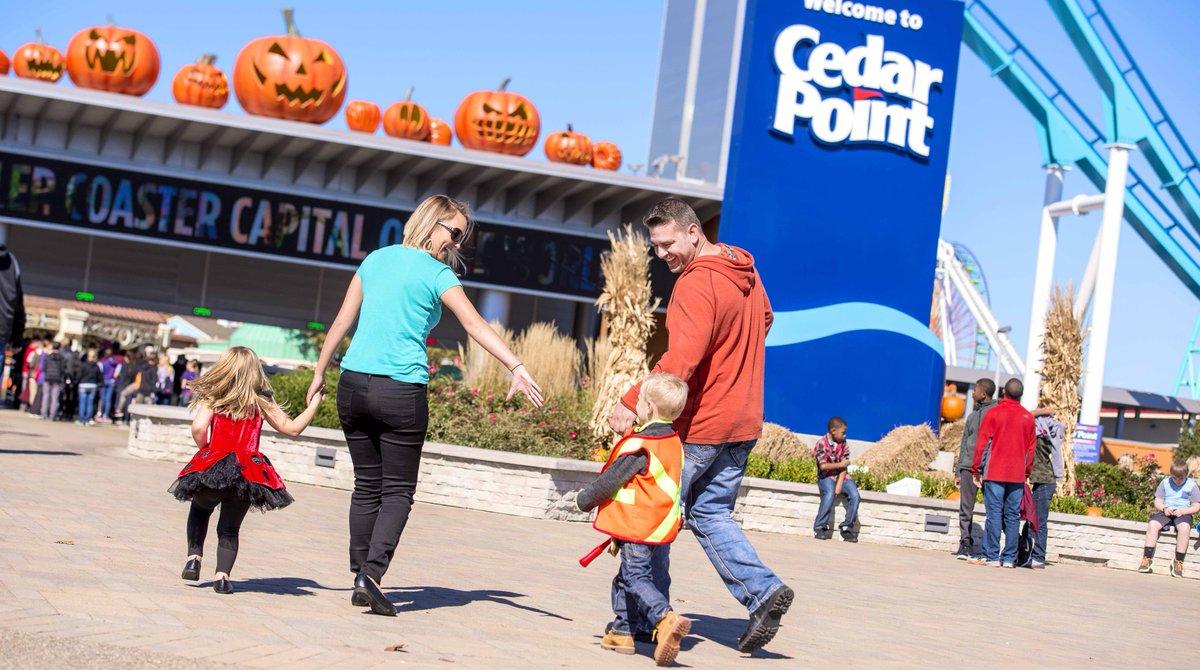 Cedar Point and The Steel Vengeance + Halloweekends Begin