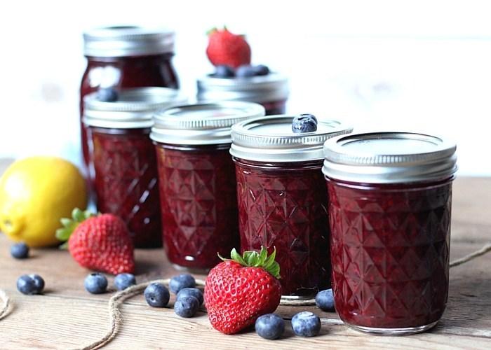 Homemade Mixed Berry Jam Recipe