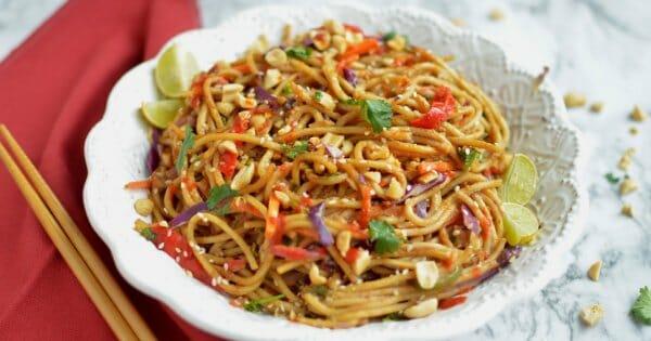 10 Minute Spicy Thai Noodle Bowls
